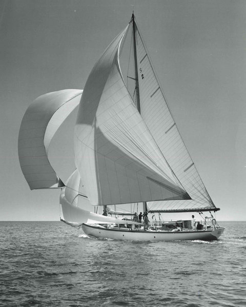 07cityroom-boat-blog480