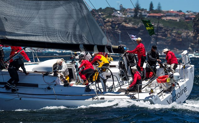 victoire-has-been-declared-the-overall-winner-of-the-2013-rolex-sydney-hobart-credit-rolex-carlo-borlenghi